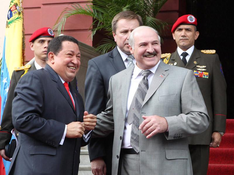 لوكاشينكو و شافيز يشاهدان وجود إمكانيات واسعة لتطوير العلاقات البيلاروسية الفنزويلية. صور: نيكولاي بيتروف (БелТА).