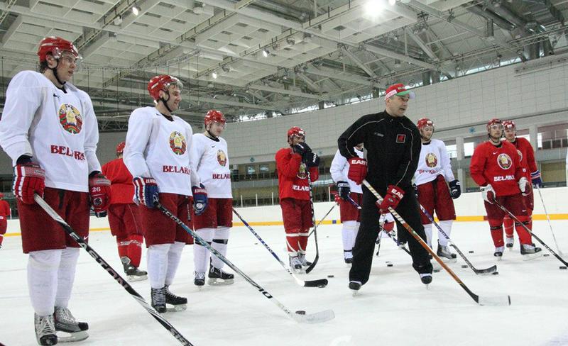 تدريب المنتخب الوطني البيلاروسي للهوكي على الجليد. صور: interfax.by